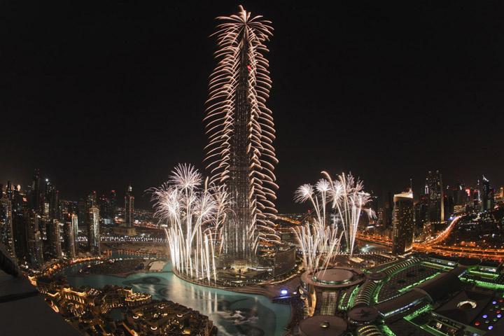 Video Burj Khalifa New Year's Celebrations